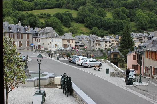 Hotel de france arreau voir les tarifs 6 avis et 7 photos for Prix hotel en france