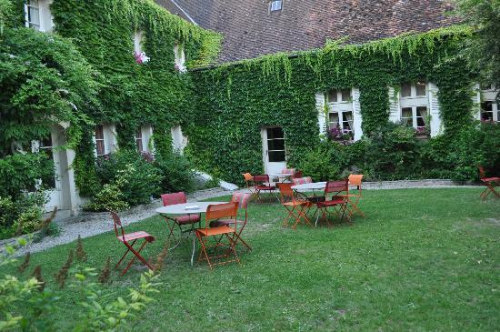 L'Hostellerie des Clos : Garden