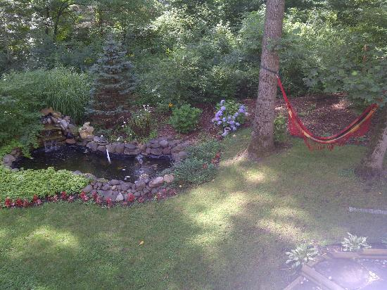Cherry Valley Manor : Hammock - Relax Time