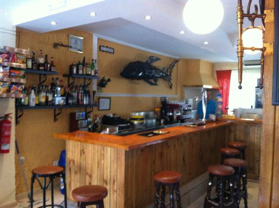 Hotel Boutique El Tiburón: Bar