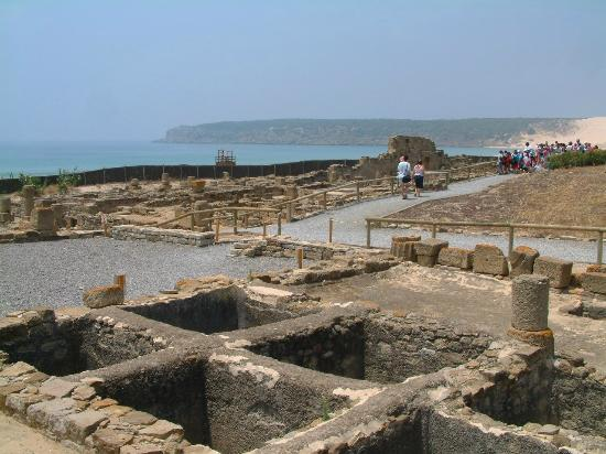 Hurricane Hotel: Roman City Ruins at Bolonia next to Tarifa