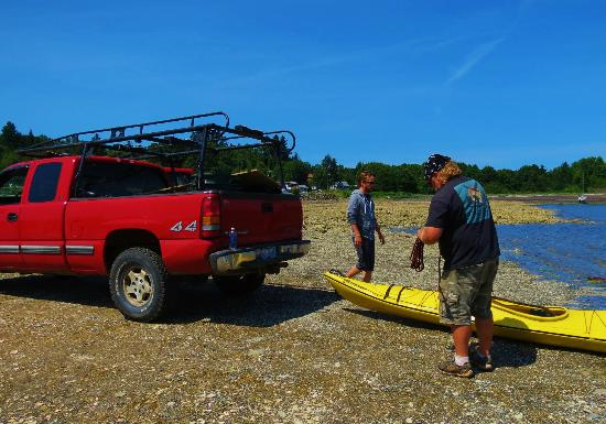 Two Eagles Lodge: Steve and my new husband and our kayak adventure.