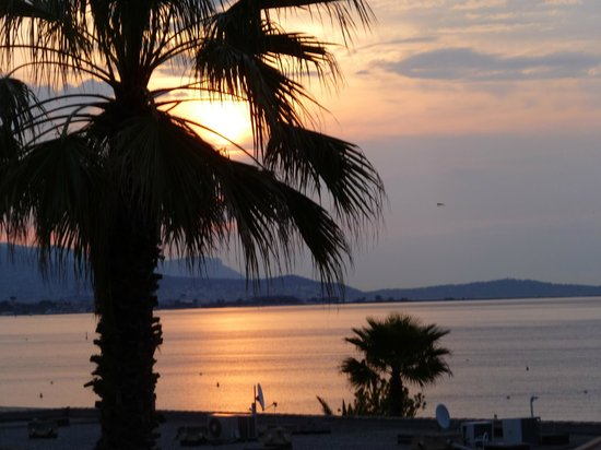 Mercure Villeneuve Loubet Plage: May sunset