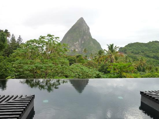 Boucan by Hotel Chocolat : Infinity Pool