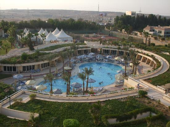 JW Marriott Hotel Cairo: Room with a pool view