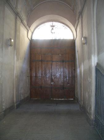 B&B Casa Cavour: Entrance door
