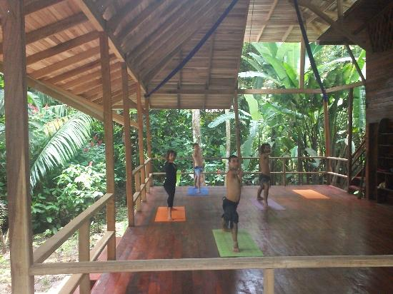 Tierra de Suenos Lodge: Morning yoga with Andy