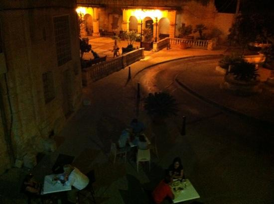 Jalie's Coffee: view from top