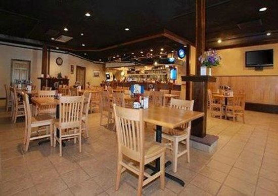 Quality Inn Rochester Airport: Hotel Banquet Space