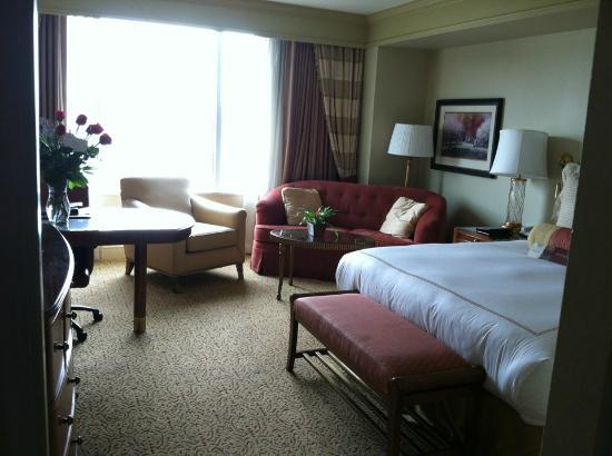Conrad Indianapolis: Room 1825