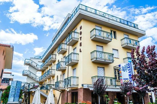 Photo of Hotel Corallo Giulianova