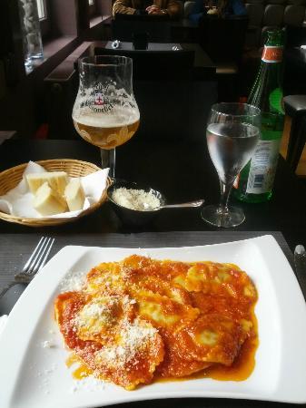 Pasta Divina: Veal stuffed Ravioli