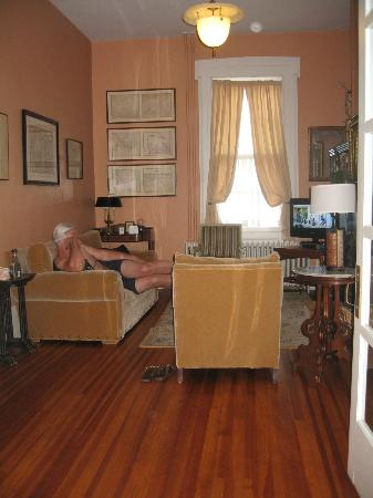 Union Street Guest House: Library Suite