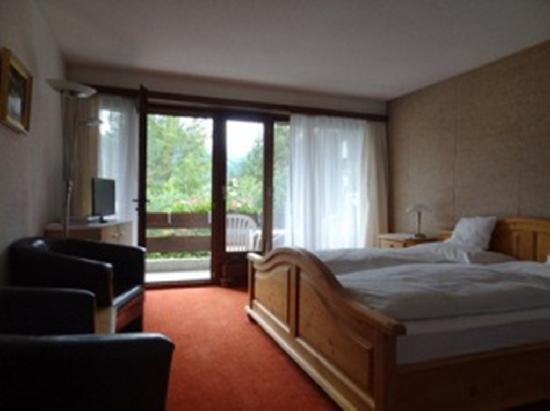 Alpenhotel Residence: Doppelzimmer mit Balkon