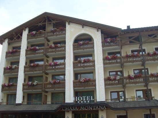 Hotel Chasa Montana : Front