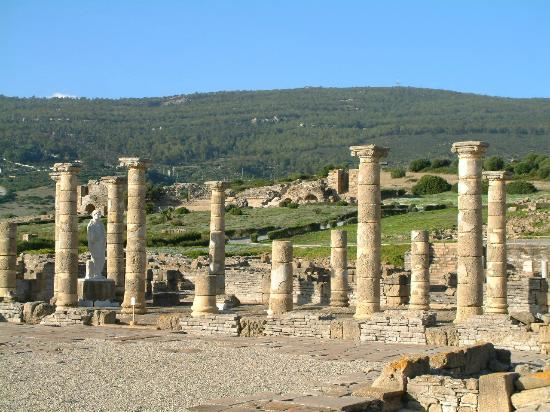 Playa de Bolonia : A FULL Roman City Exavated at Bolonia Beach with Great Museum too.