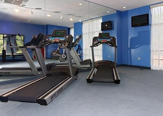 Holiday Inn Express & Suites - Harrisburg West: Health Club