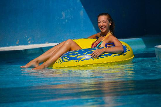 Splash & Fun Water Park: Lazy River on Lazy Sunday