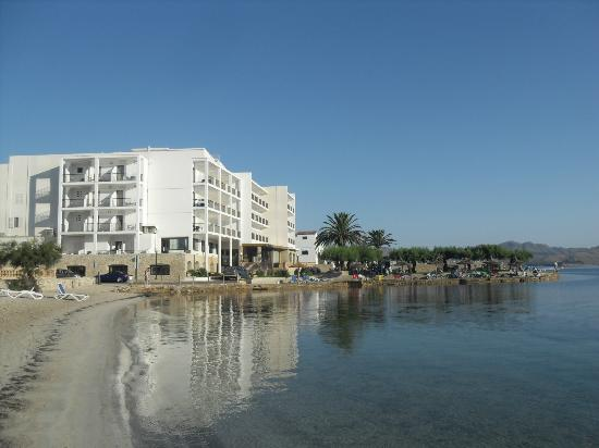 Hotel More: View of hotel from beach