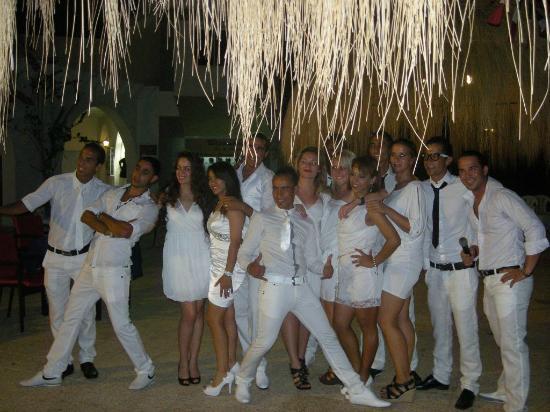 Hotel Cedriana: Toute l'équipe. Le jour du 14 juillet 2012
