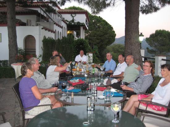 Banu Rabbah: Dinner on the patio