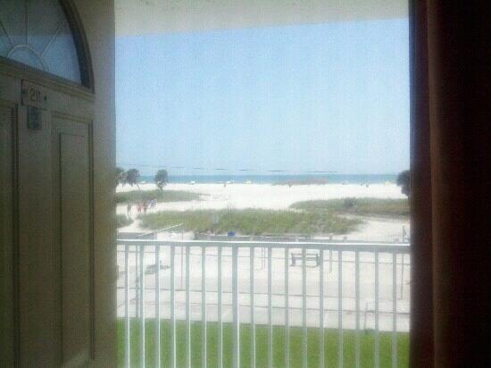 The Sands of Treasure Island: room 211