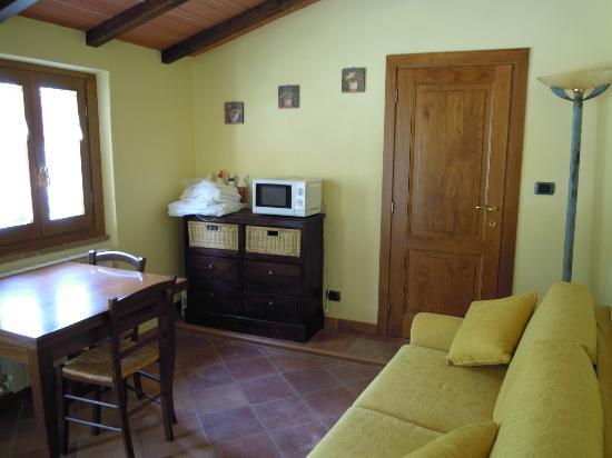 Borgo Valagnesi: saletta comune
