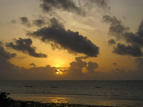 Villa Kalista: Sunset over the Indian Ocean