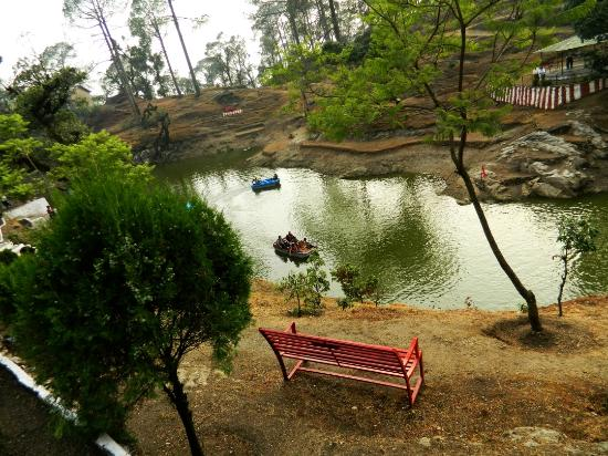 Lansdowne, Индия: Beautiful, save for the Mosquitoes n Smells