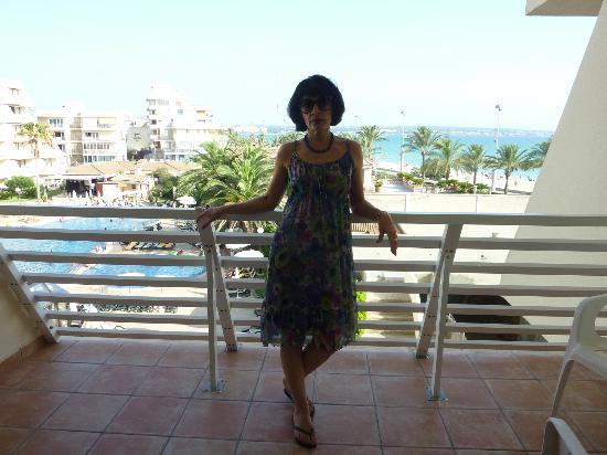 Iberostar Hotel & Resorts: Lateral sea view from balcony