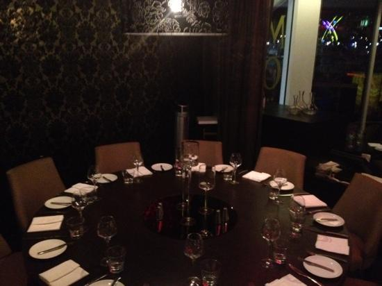 Glass Dining and Lounge Bar: private dining room for up to 12