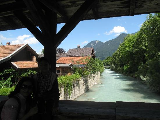 Landhaus Hohe Tannen: Brook on the way to town centre