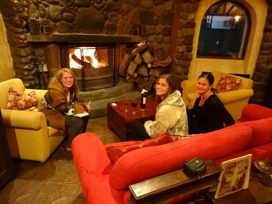 Hacienda Santa Ana: fireplace in the main sitting room