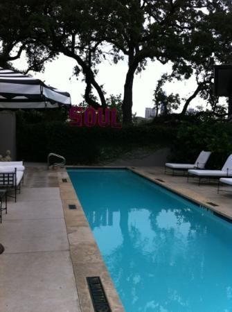 Hotel Saint Cecilia: Early morning at the pool