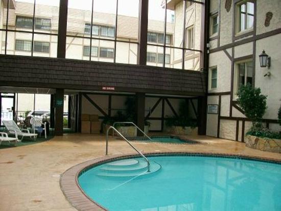 Attractive Best Western Plus The Normandy Inn U0026 Suites: Beautiful Pool