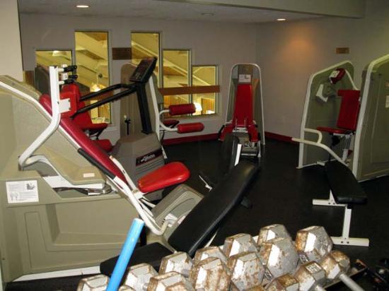 Rodd Mill River Resort: Fitness Area/Gym