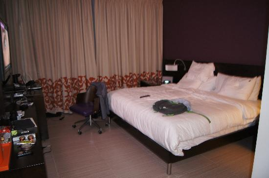 Hard Rock Hotel Panama Megapolis: la Cama es GIGANTE