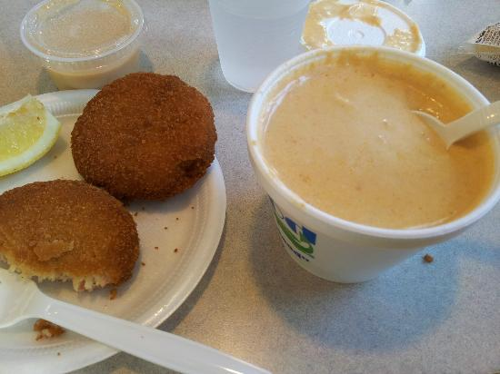 Seafood Sam's: strange crab cakes with lobster bisque