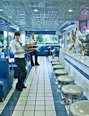 Stardust Diner: How 'bout a malt & fries?