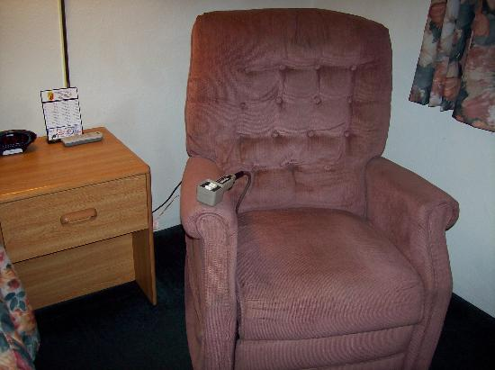 Super 8 Petoskey: electric assist chair