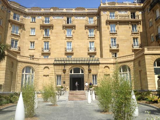 Hotel Maria Cristina, a Luxury Collection Hotel, San Sebastian: Beautiful exterior