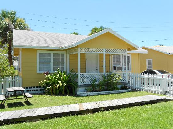 Our little Cozy Cottage {#5} on Indian Rocks Beach - July 2012