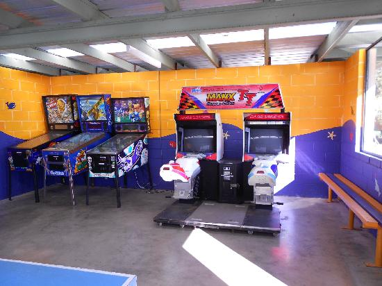 Sapphire Valley Caravan Park : Our Games Room