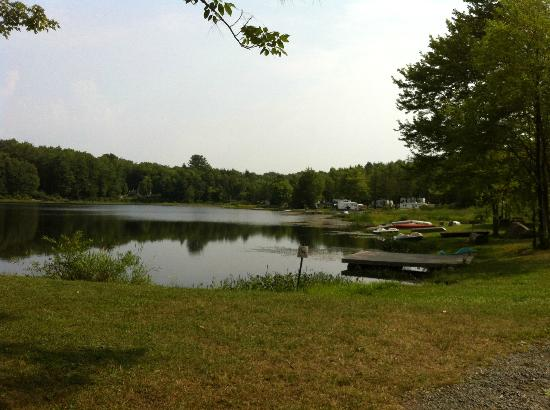 Ponderosa Pines Campgrounds: the lake