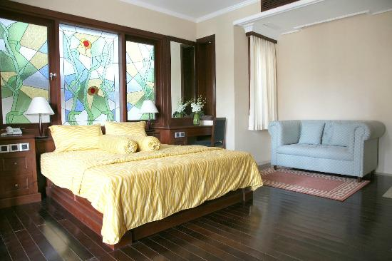 Dynasty Estate : Guest Room