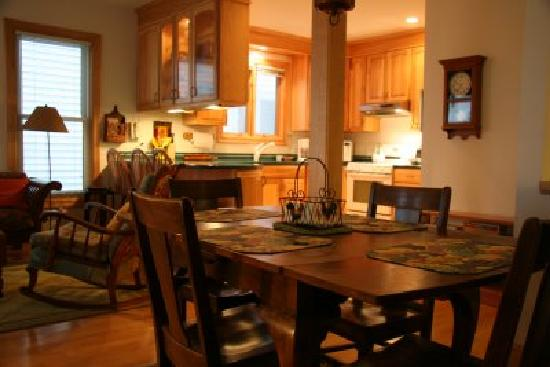 Heather's Inn: The Roost is a two-level condo with three bedrooms, two bathrooms, and a fully-furnished kitchen