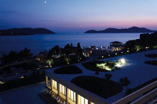 Radisson Blu Resort & Spa at Dubrovnik Sun Gardens: Exterior