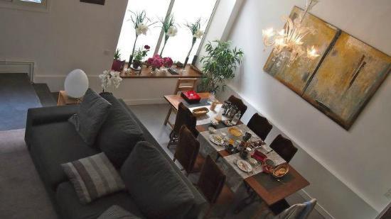 La Maison de Claire: Breakfast area