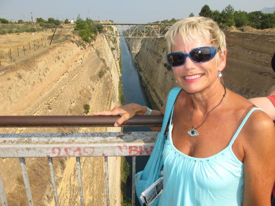 Ippoliti Hotel: Stop at Corinth Canal