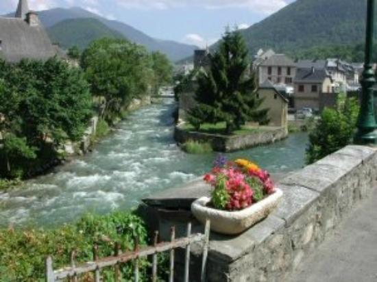 Hotel de france : Vue de l'Hôtel de France dans le Village